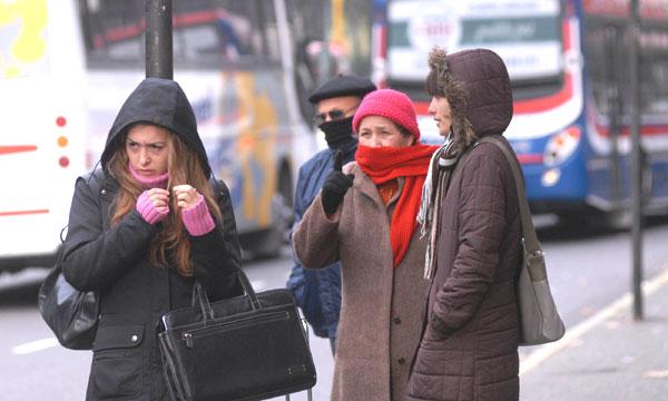 Sólo 3 personas en albergues por frente frio 30