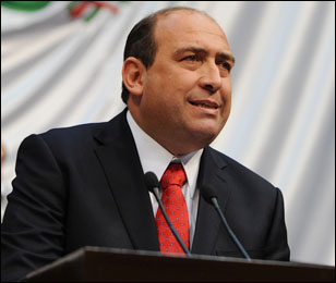Atacan a tiros a elementos de seguridad del Gobernador de Coahuila