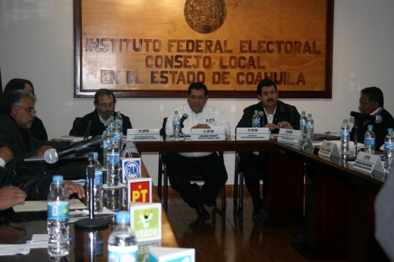 Designa IFE a consejeros electorales en Coahuila