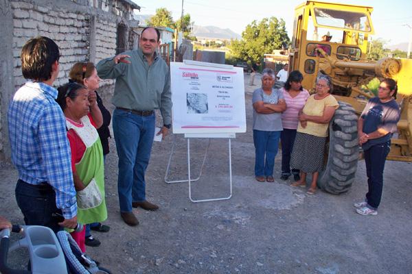 Alcalde de Saltillo culpa de rezago en obra pública a sus antecesores