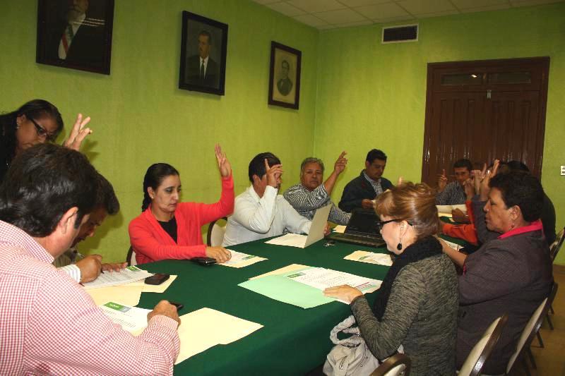 Sin desquitar su sueldo regidores de San Pedro, Coahuila
