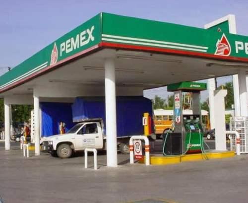 Sancionan a gasolineras de Saltillo por despachar litros de más