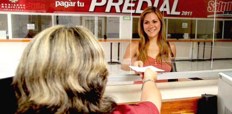 Felipe Calderón se fue sin pagar predial de dependencias federales en Saltillo