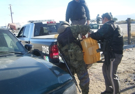 Revientan en Coahuila negocios de diesel clandestino