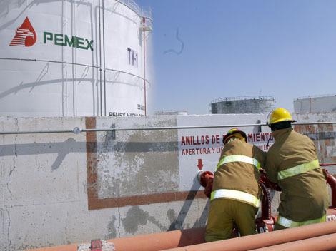 Pide diputado reubicación de Pemex en Saltillo