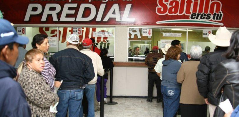 Mantiene Saltillo recargos a peso en impuesto predial
