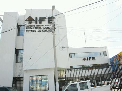 Abrirán módulos del IFE el fin de semana