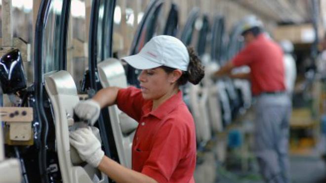En Coahuila las mujeres perciben 15% menos de salario que el hombre