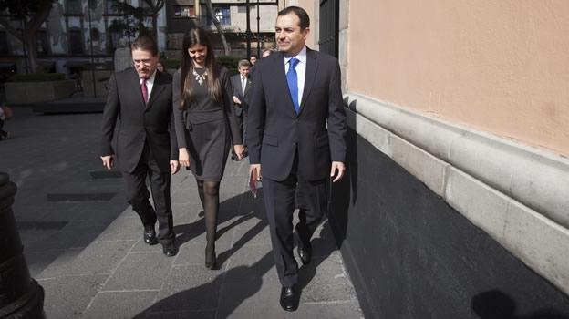 """NACIONAL/ El Senado rechaza """"plazos fatales"""" para votar reforma a telecomunicaciones"""