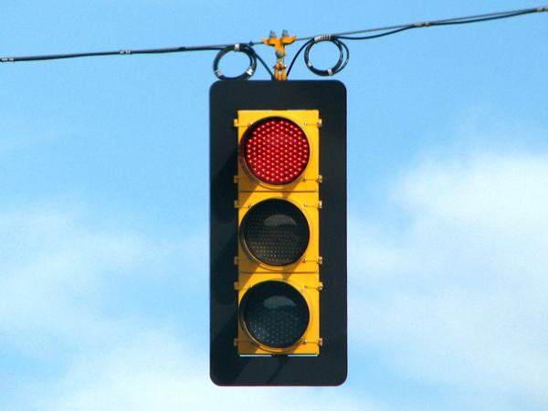 INTERÉS/ Verde rojo y amarillo: La historia del semáforo