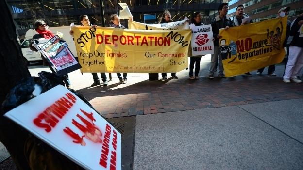 INTERNACIONAL/ Al menos siete de cada 10 estadounidenses apoyan la estadía de inmigrantes
