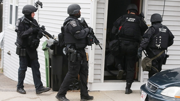 INTERNACIONAL/ Un sospechoso por los ataques en Boston murió y otro está prófugo