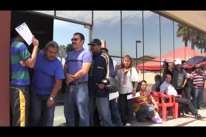 En Saltillo entregan con lentitud las licencias de conducir