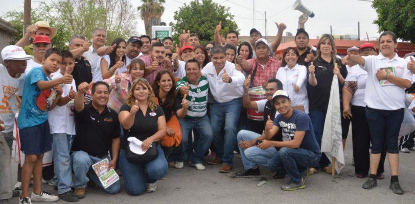 """""""Miguel Riquelme recorre la colonia San Marcos"""