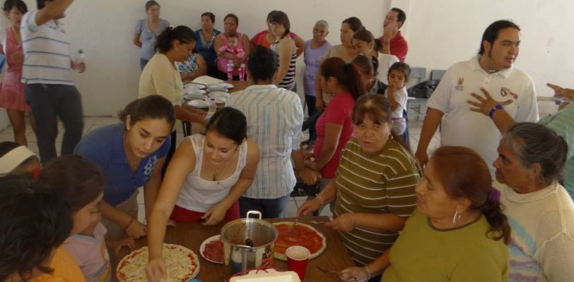 Lleva IMJUVE taller de cocina a colonias de Saltillo