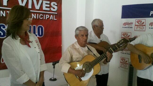 Promete Tomy Vives espacios para grupos musicales locales