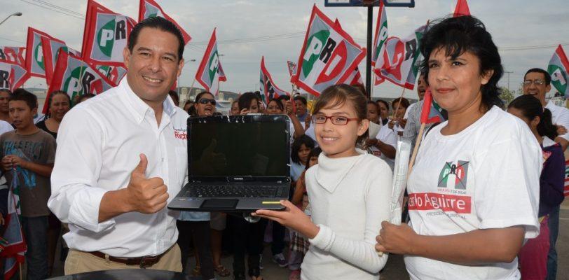 """""""Todos los estudiantes con computadora en Ramos Arizpe"""" : Ricardo aguirre"""