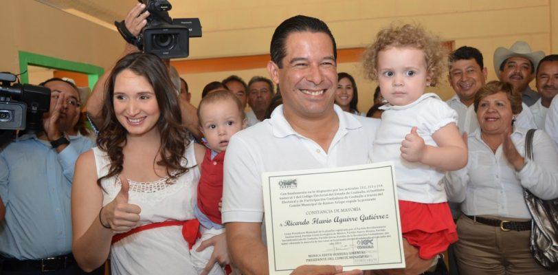 Recibe Rirardo Aguirre constancia de mayoría, es alcalde electo de Ramos Arizpe