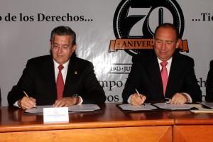 Firma Gobernador y Rector UAdeC convenio