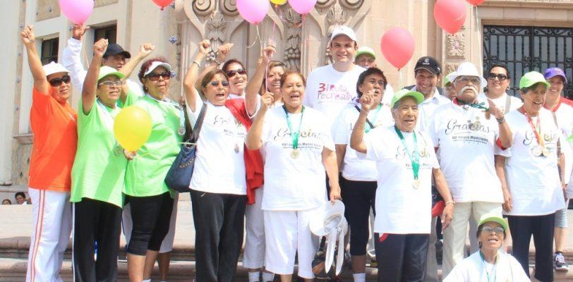 Logran adultos mayores en torneo 136 MEDALLAS DIF Saltillo