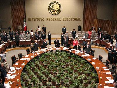 Presenta IFE anteproyecto presupuestal 2014