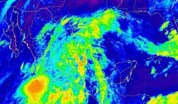 """Lluvias fuertes en el país a consecuencia de la tormenta tropical """"Fernand"""""""