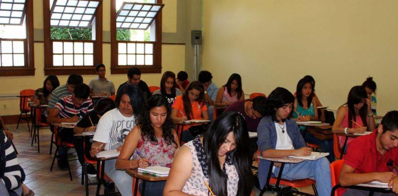 Primera evaluación docente será en 2015