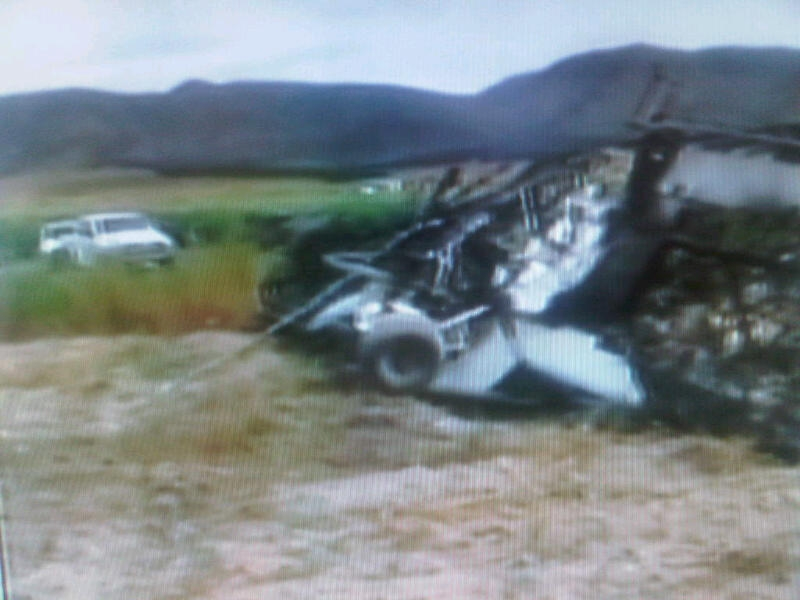 Cae avioneta en Arteaga, piloto se salva de morir entre las llamas