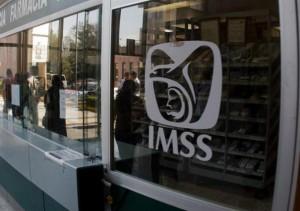 Sindicato atiende déficit de 450 médicos especialistas en Seguro Social de Coahuila