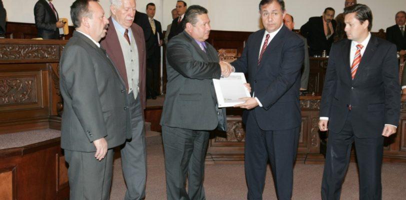 Aumenta 8.5% presupuesto estatal para Coahuila en 2014