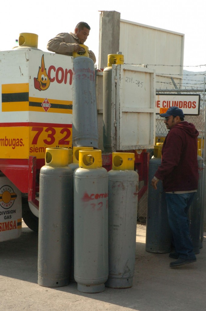 Clausuran gaseras en Saltillo por inseguras