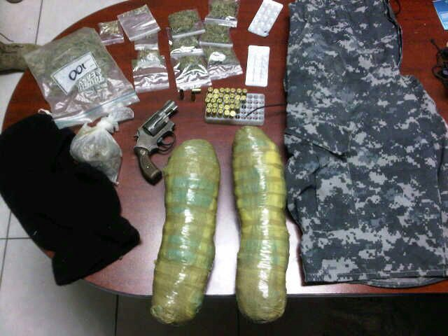 Detienen a dos narcomenudistas al sur de Saltillo