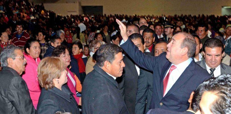 Se consolida Rubén Moreira como el Gobernador amigo de La Laguna