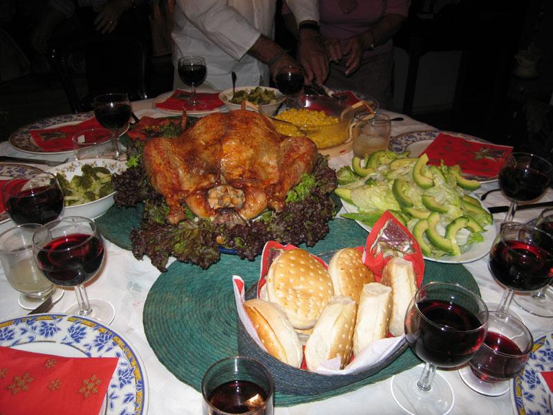 Sólo en la cena de Navidad podrían consumirse hasta 4 mil calorías