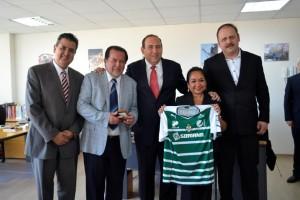 BUSCA GOBERNADOR EN CHILE MÁS DESARROLLO PARA COAHUILA