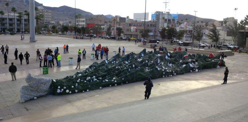 Fuertes vientos causan estragos en Torreón
