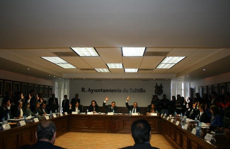 """Se convierte cabildo de Saltillo en """"talk show"""""""