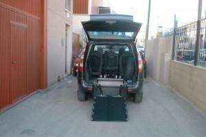 Transporte especial para  personas con discapacidad