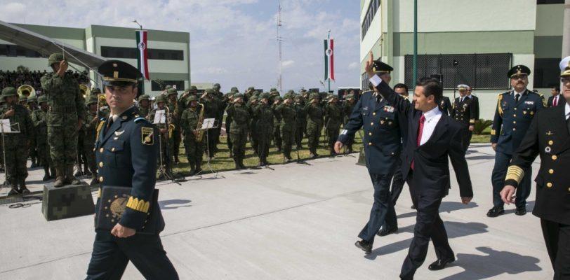 Inaugura EPN 105 batallón de infantería en Coahuila