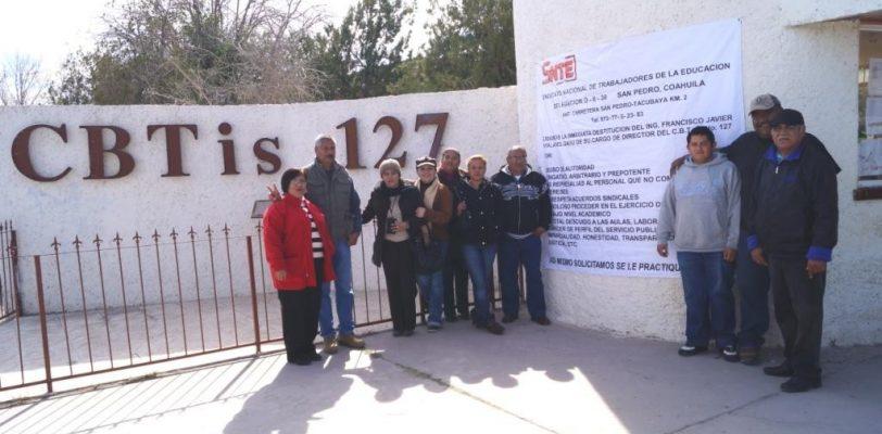Maestros del CBTis 127 en San Pedro piden destitución del director