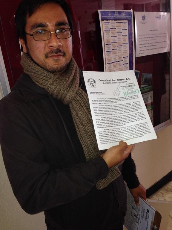 Exigen a Isidro López cumplir compromisos de campaña