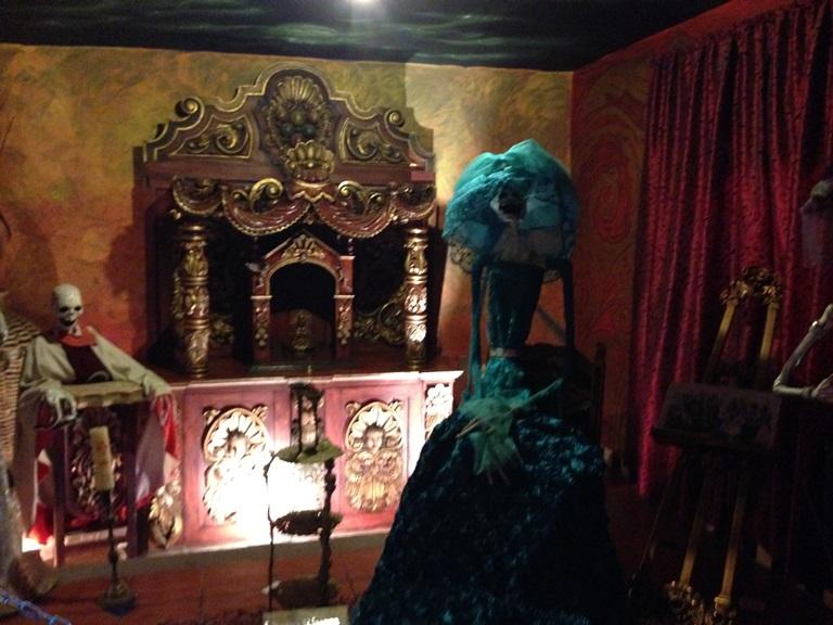 """Traban instalación de museo """"La Katrina"""" en Biblioparque Norte"""