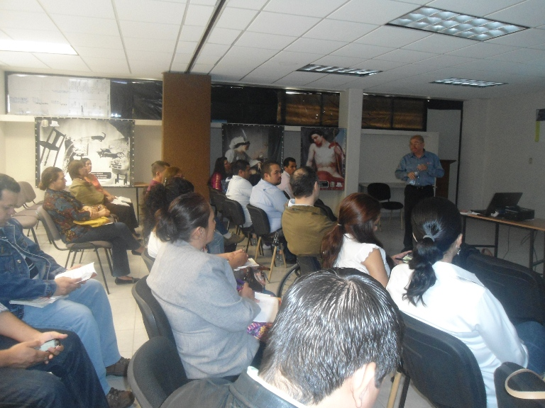 Capacita ICAI a servidores públicos de la Laguna