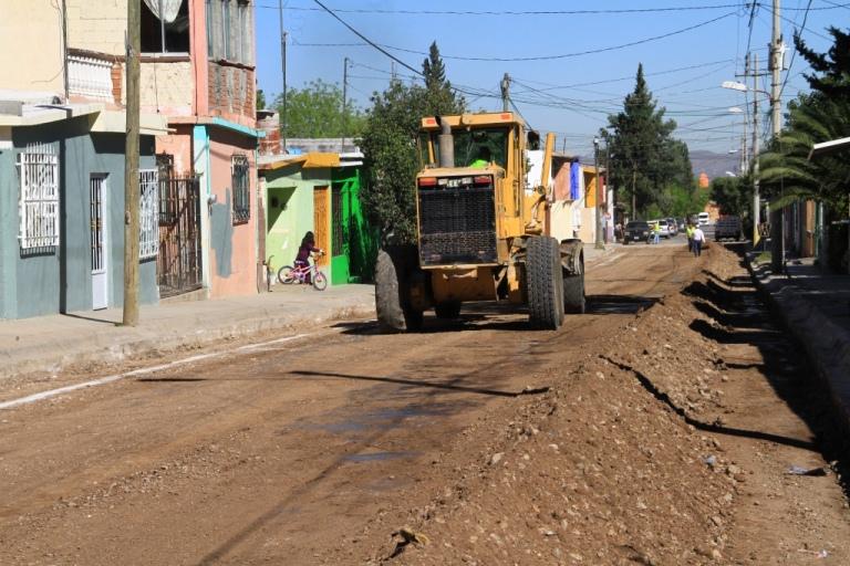 Avanza recarpeteo en Colonia Morelos