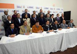 Demandan alcaldes mayores recursos para prevenir el Zika