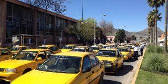 Se amparan contra entrega de concesiones de taxi