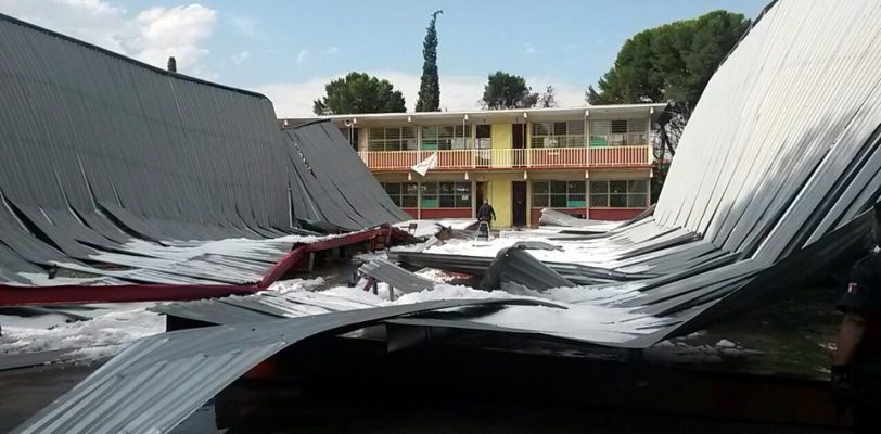 Muere estudiante de la secudaria 5 al caer techo de su escuela