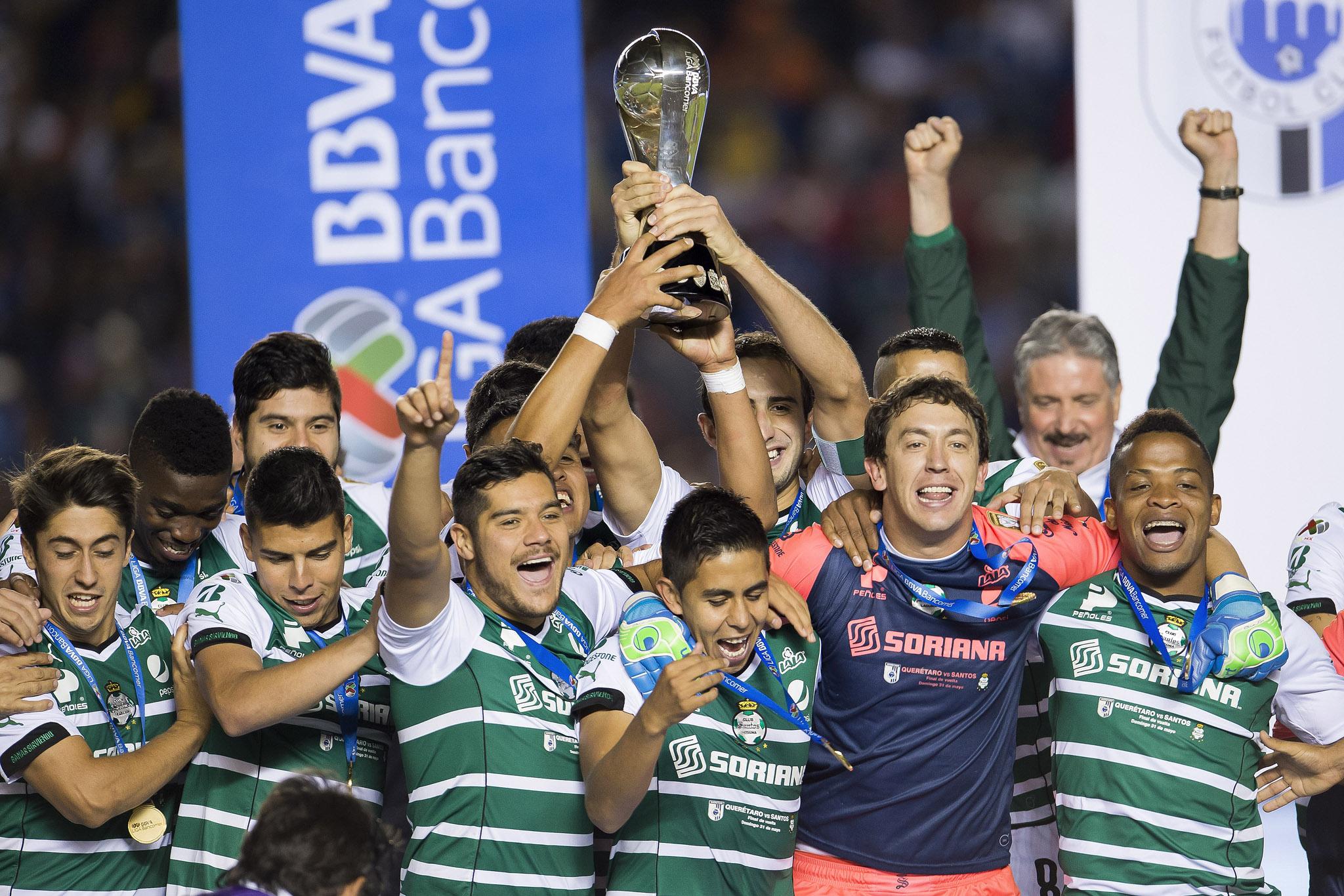 Gana Santos su quinto campeonato