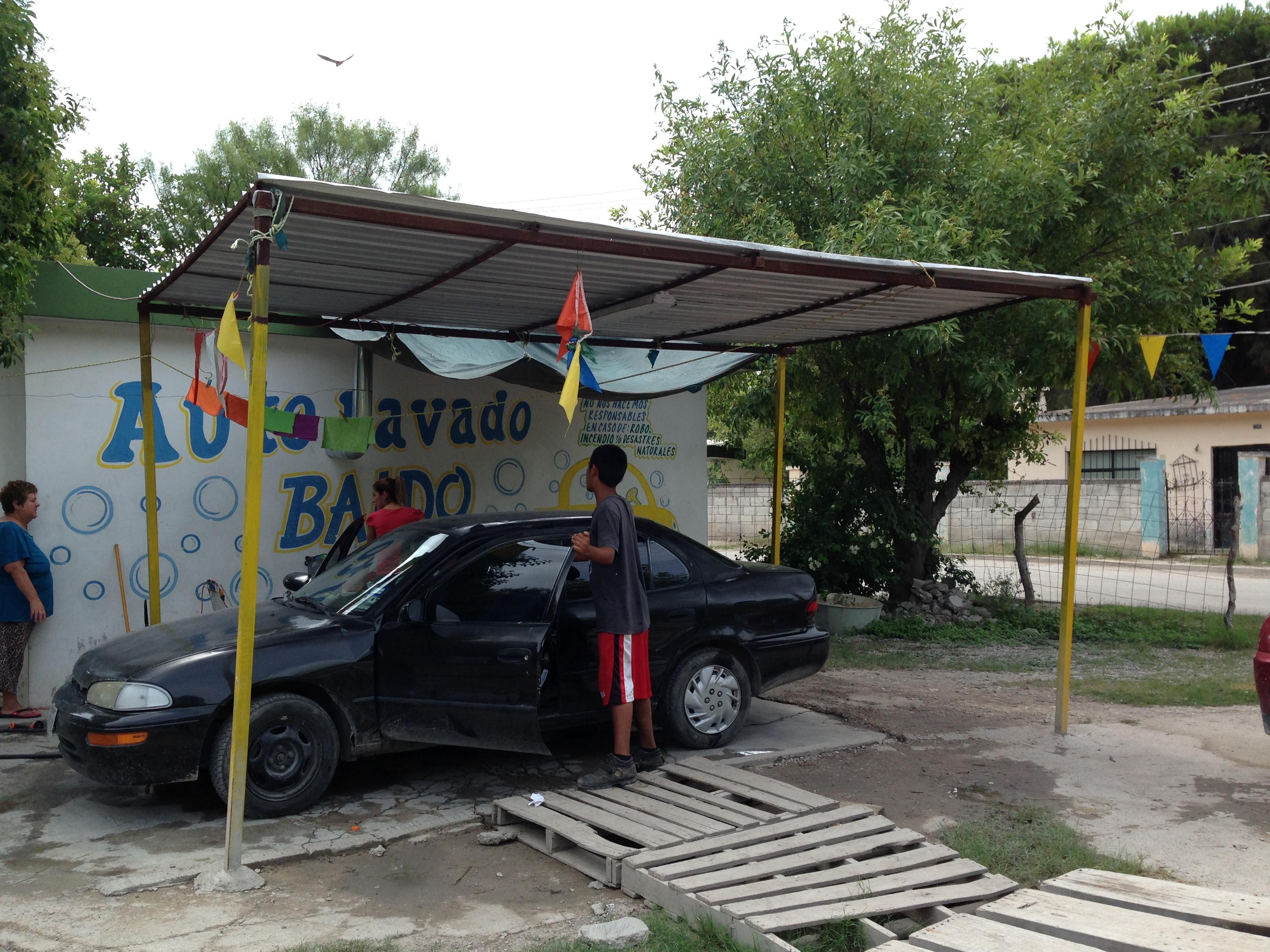 Reportan en Coahuila a tres niños que trabajaban en riesgo