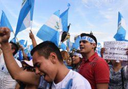 Presidente guatemalteco descarta renunciar al cargo